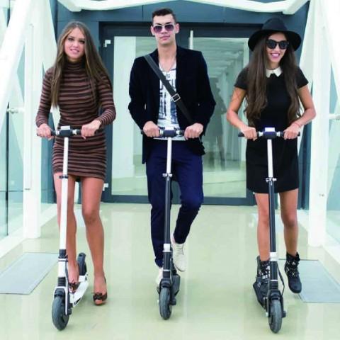 E-Twow Monopattini due ruote elettrici